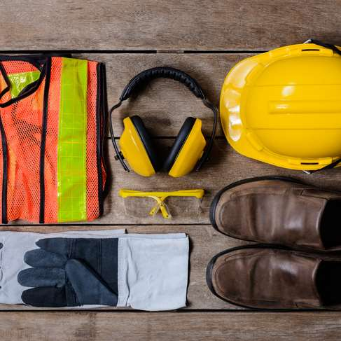 Dynamic trading company in the protective workwear sector