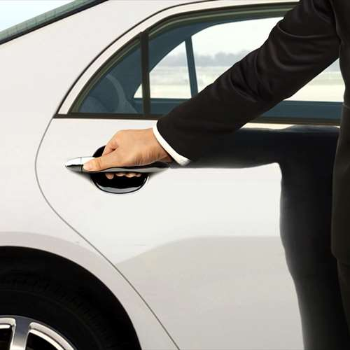 Exclusive chauffeur service with attractive revenues